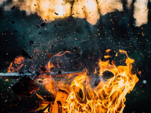 wood-explosion-fire-hot.jpg